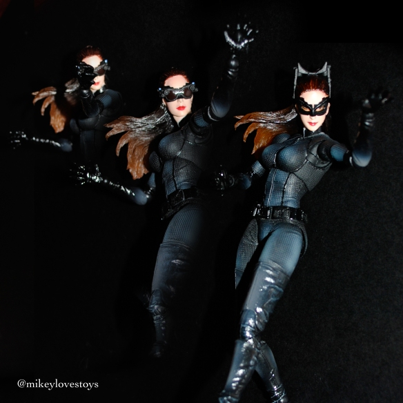 Catwoman claws Mikeylovestoys